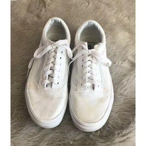 Vans White Low Top Old Skool Canvas Sneakers-9.5
